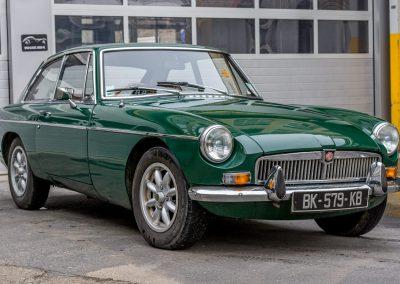 MG-B-GT-1971-2