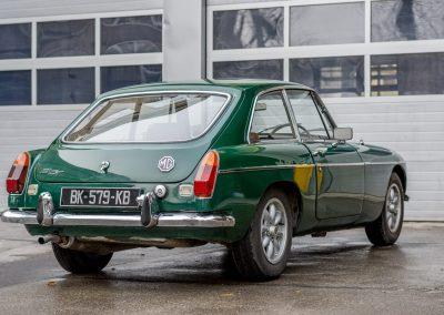 MG-B-GT-1971-3