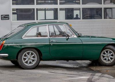 MG-B-GT-1971-5