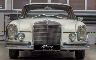 Mercedes-Benz 220SE W111 1964