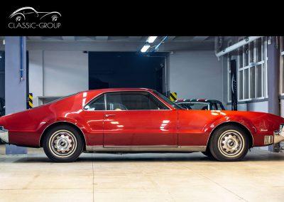 Oldsmobile-Toronado-1