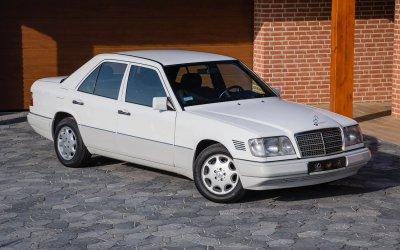 Mercedes-Benz E250D W124