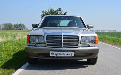 Mercedes-Benz 260 SE W126 1990