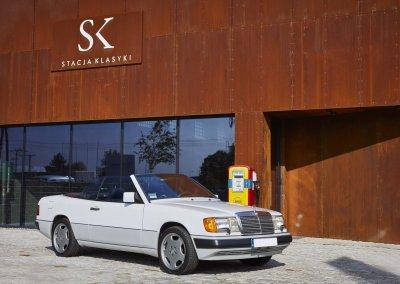 Mercedes_300_CE1