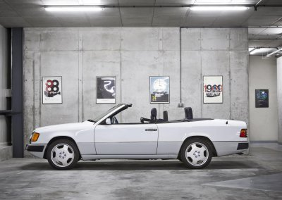Mercedes_300_CE3