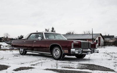 Chrysler New Yorker 1977