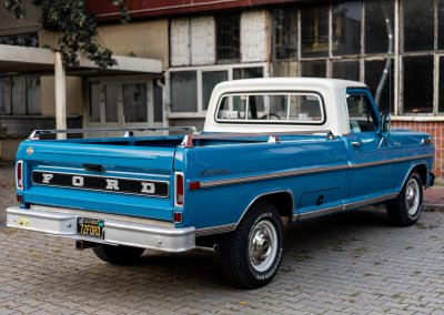Ford F250-47
