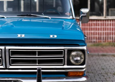 Ford F250-52