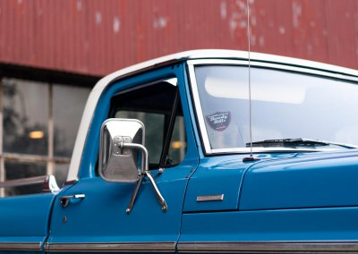 Ford F250-54